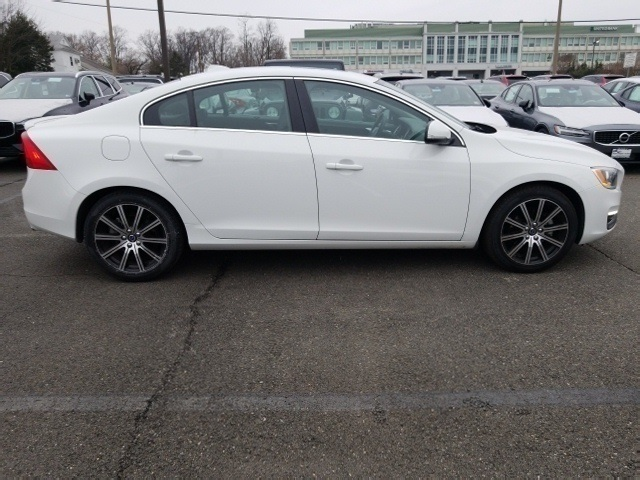 Certified Pre Owned 2016 Volvo S60 Inscription T5