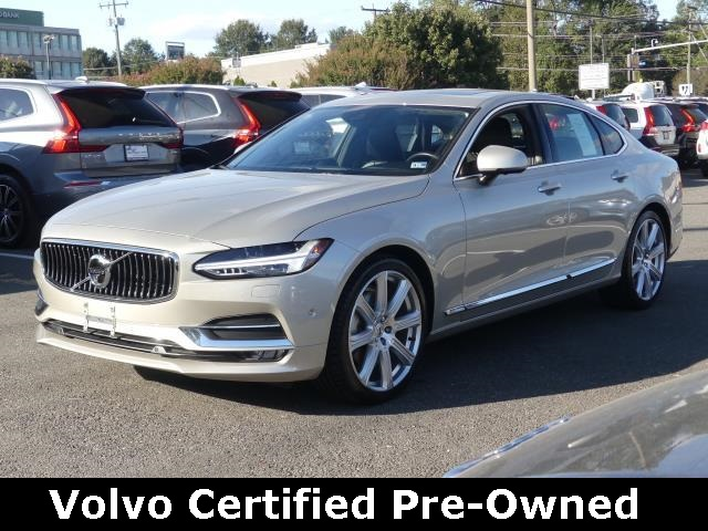 Certified Pre-Owned 2017 Volvo S90 T6 Inscription