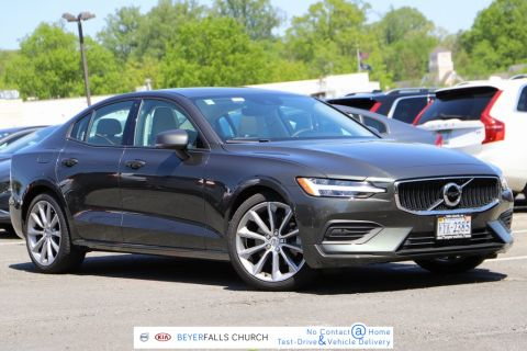 Pre-Owned 2020 Volvo S60 T5 Momentum With Navigation