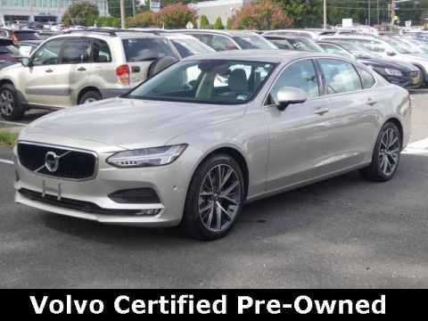 Certified Pre-Owned 2018 Volvo S90 T6 Momentum