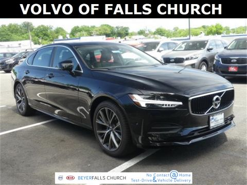 Pre-Owned 2019 Volvo S90 T6 Momentum With Navigation & AWD