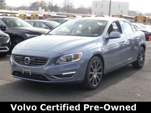 Certified Pre-Owned 2017 Volvo S60 Inscription T5 Platinum