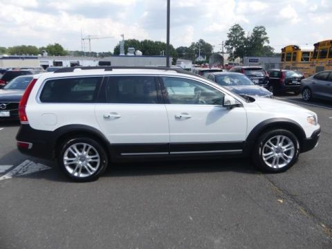 Certified Pre-Owned 2016 Volvo XC70 T5 Platinum